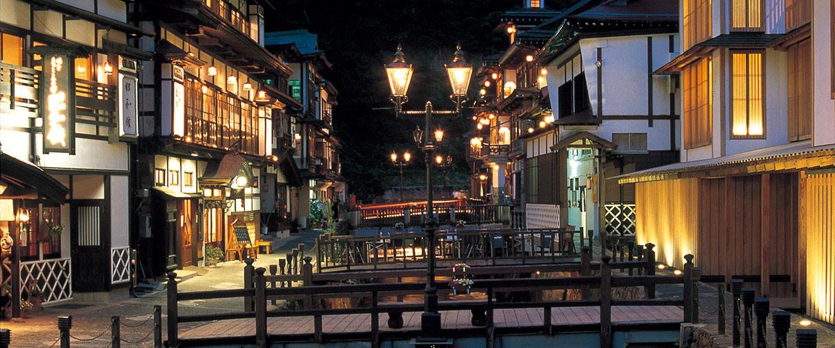 銀山温泉の画像